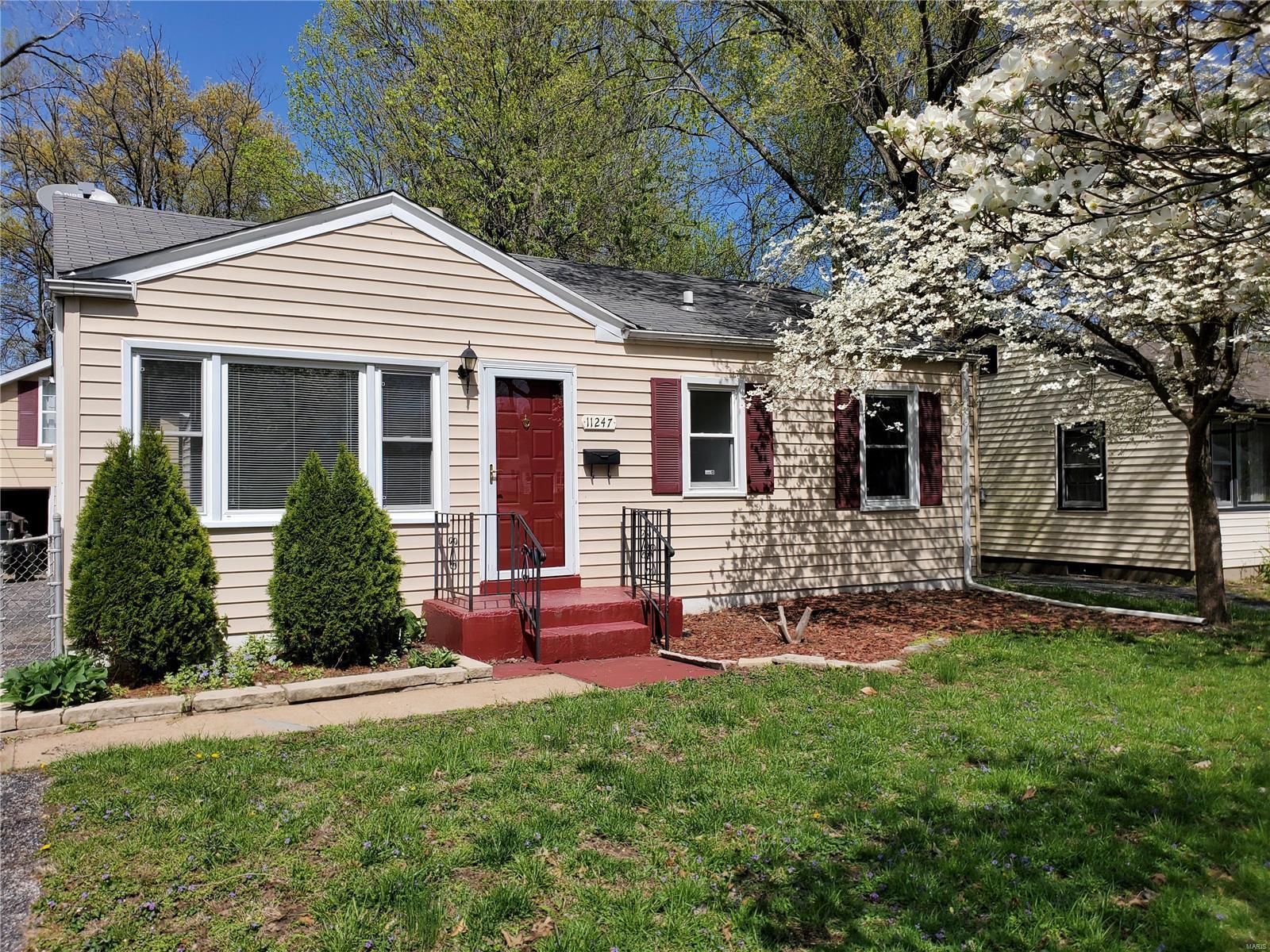 11247 Saint Damian Property Photo - St Ann, MO real estate listing