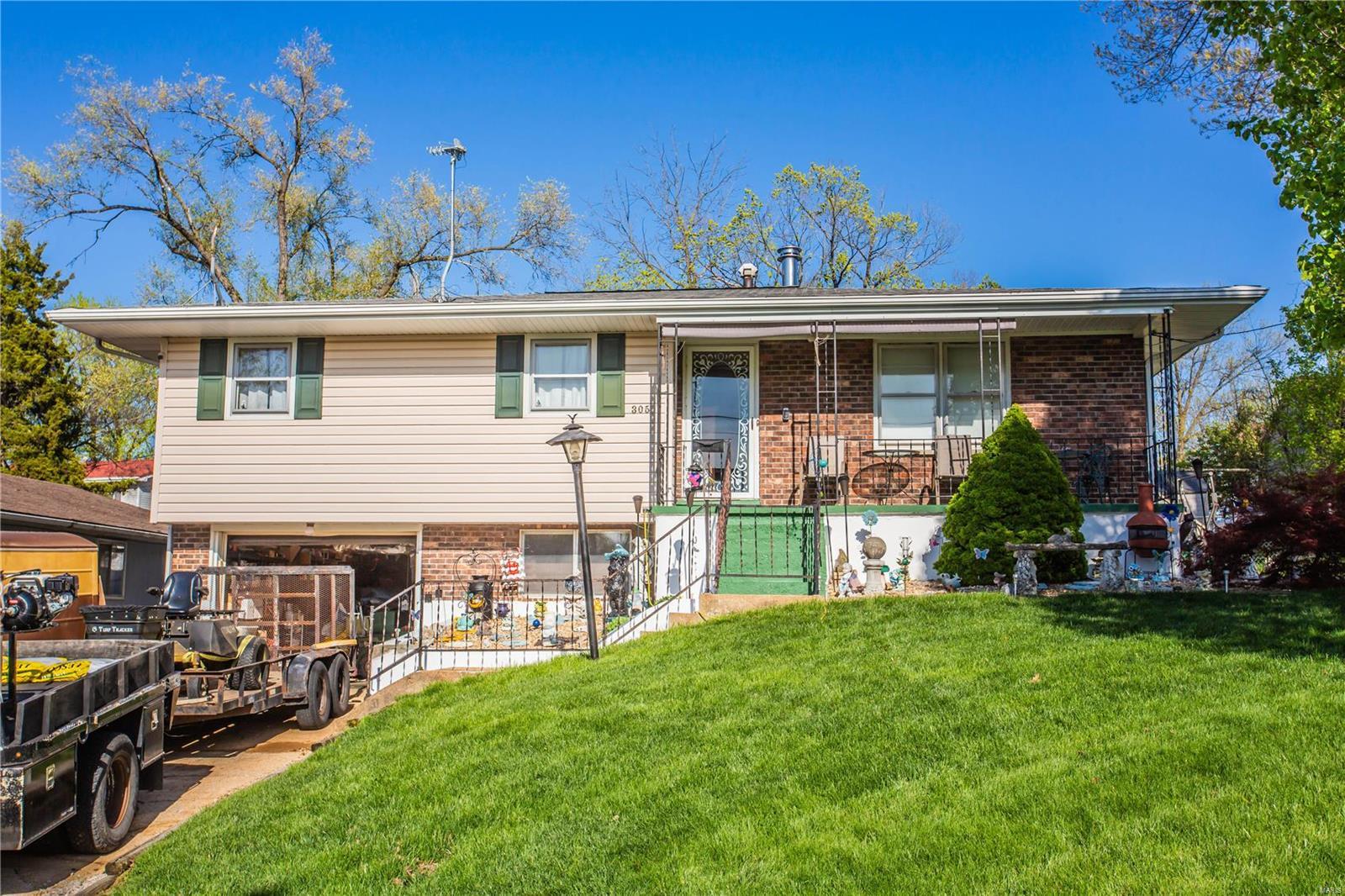 305 N Washington Street Property Photo - De Soto, MO real estate listing