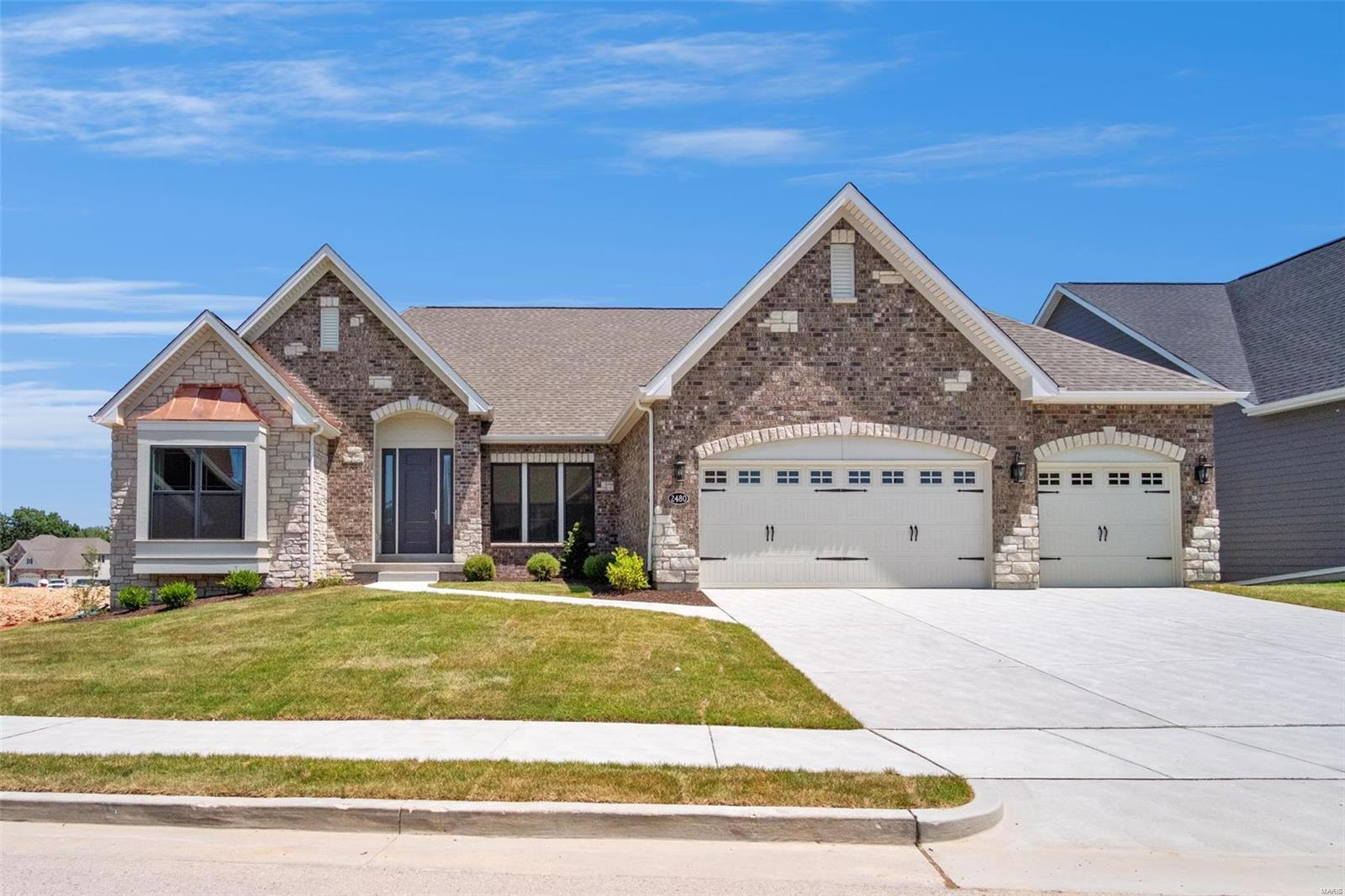 2480 Bright Leaf Court Property Photo - Wildwood, MO real estate listing