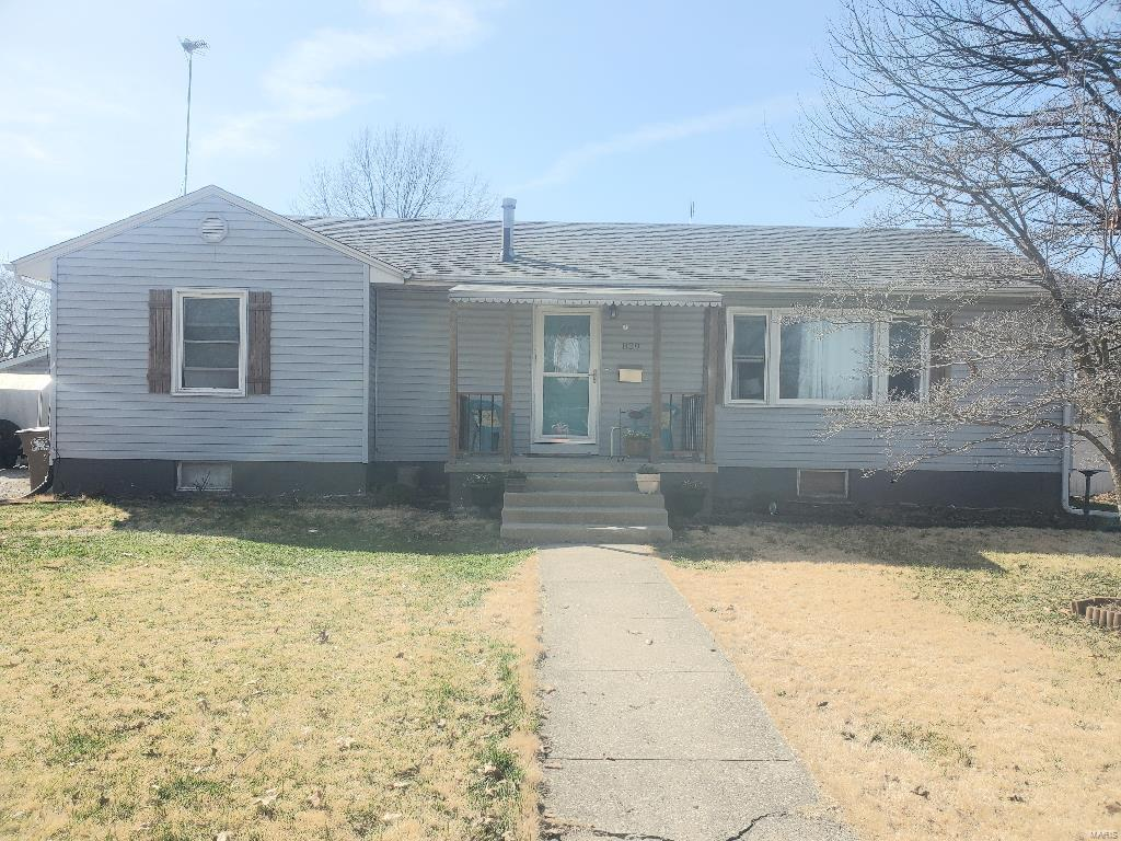 829 N Noble Property Photo - Virden, IL real estate listing