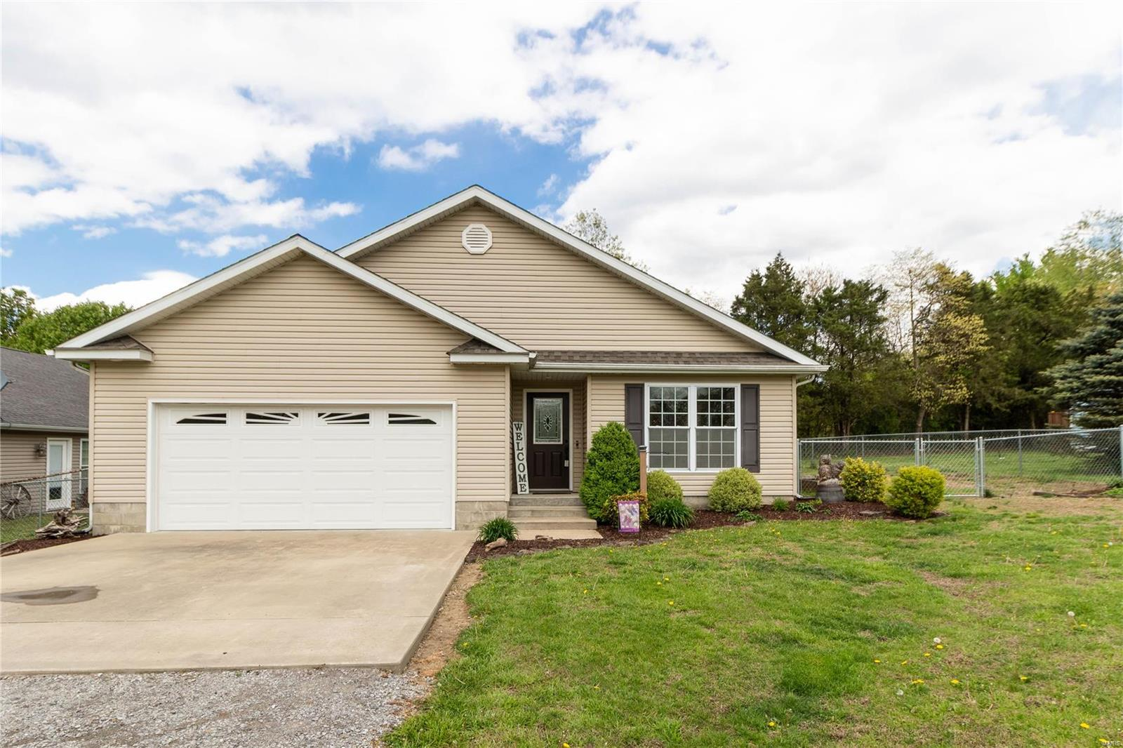 703 Mulberry Property Photo - Goreville, IL real estate listing