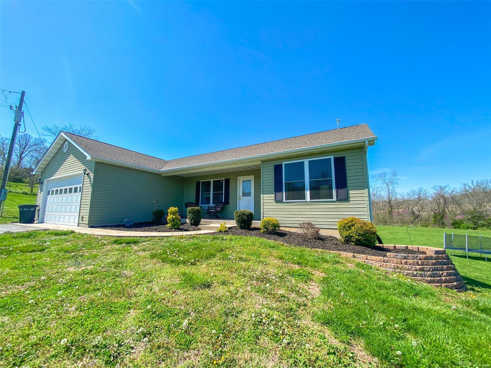 93 Corson Lane Property Photo - Bourbon, MO real estate listing