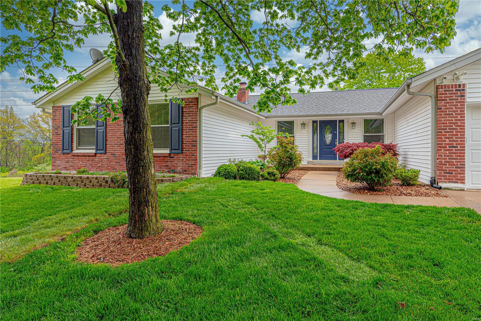 15654 Sugarridge Court Property Photo - Chesterfield, MO real estate listing