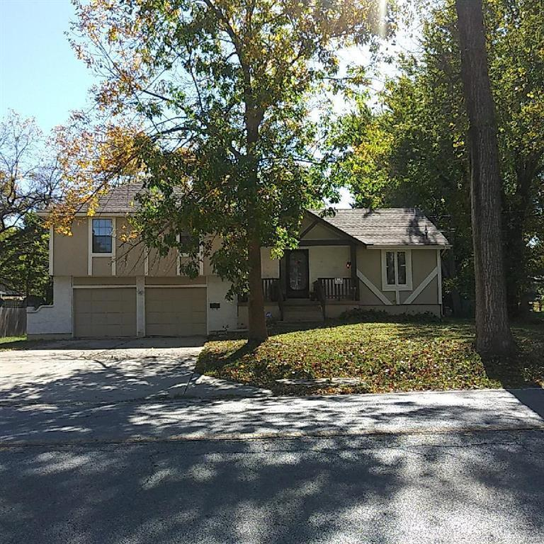 9905 E 31st Street Property Photo - Kansas City, MO real estate listing