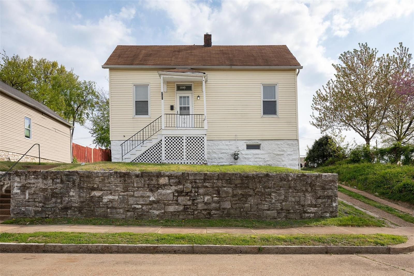 Becks Add Real Estate Listings Main Image
