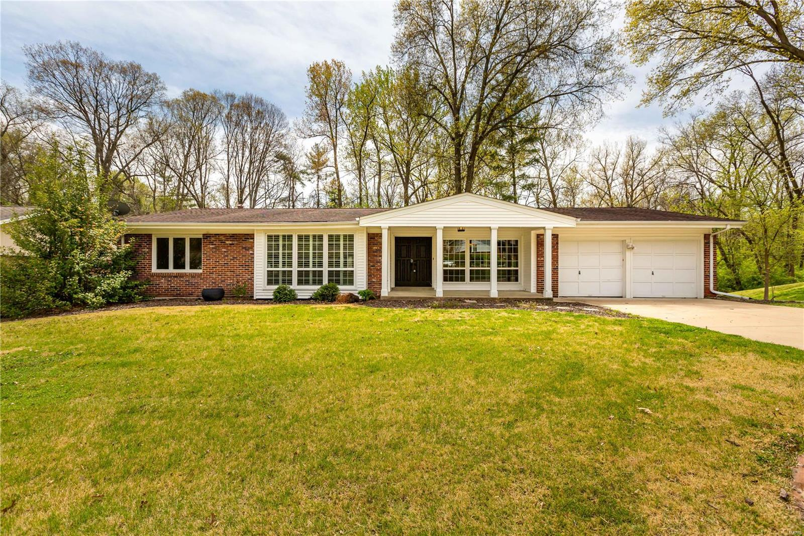 13010 Ambois Drive Property Photo - St Louis, MO real estate listing