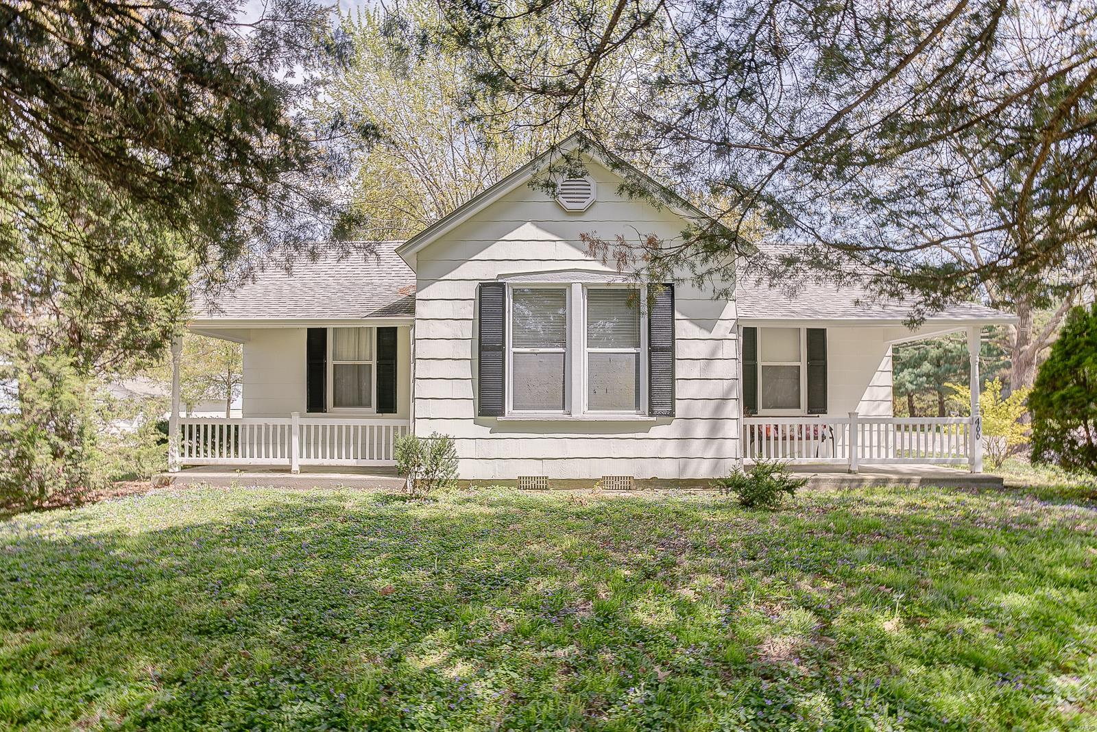 400 N Hanover Street Property Photo - Okawville, IL real estate listing