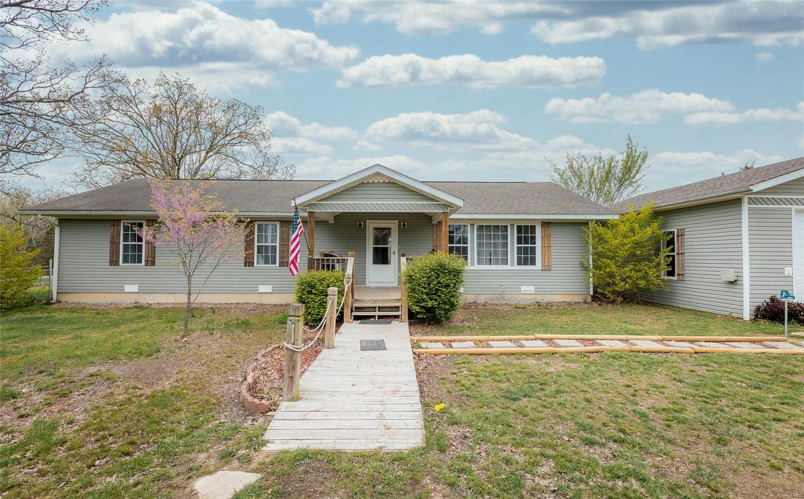 27890 Spokane Lane Property Photo - Laquey, MO real estate listing