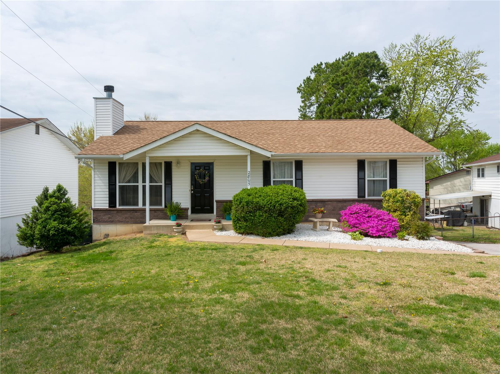2805 Rosewood Drive Property Photo - Arnold, MO real estate listing