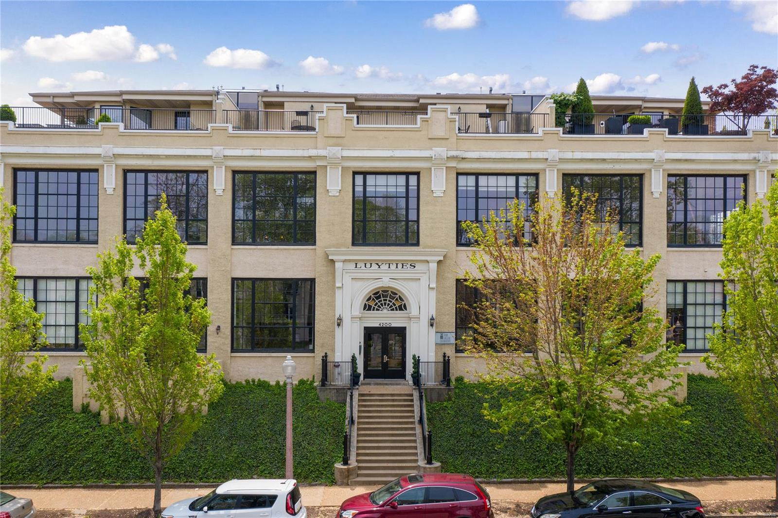 4200 Laclede Condo Real Estate Listings Main Image