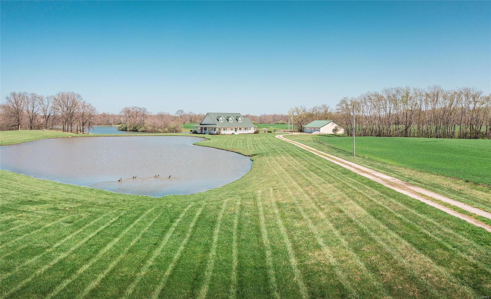 10356 Bounds Road Property Photo - Shipman, IL real estate listing
