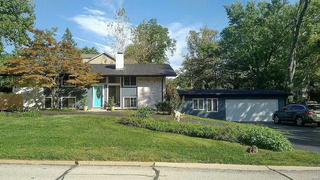 1 Hill North Dale Lane Property Photo - Olivette, MO real estate listing
