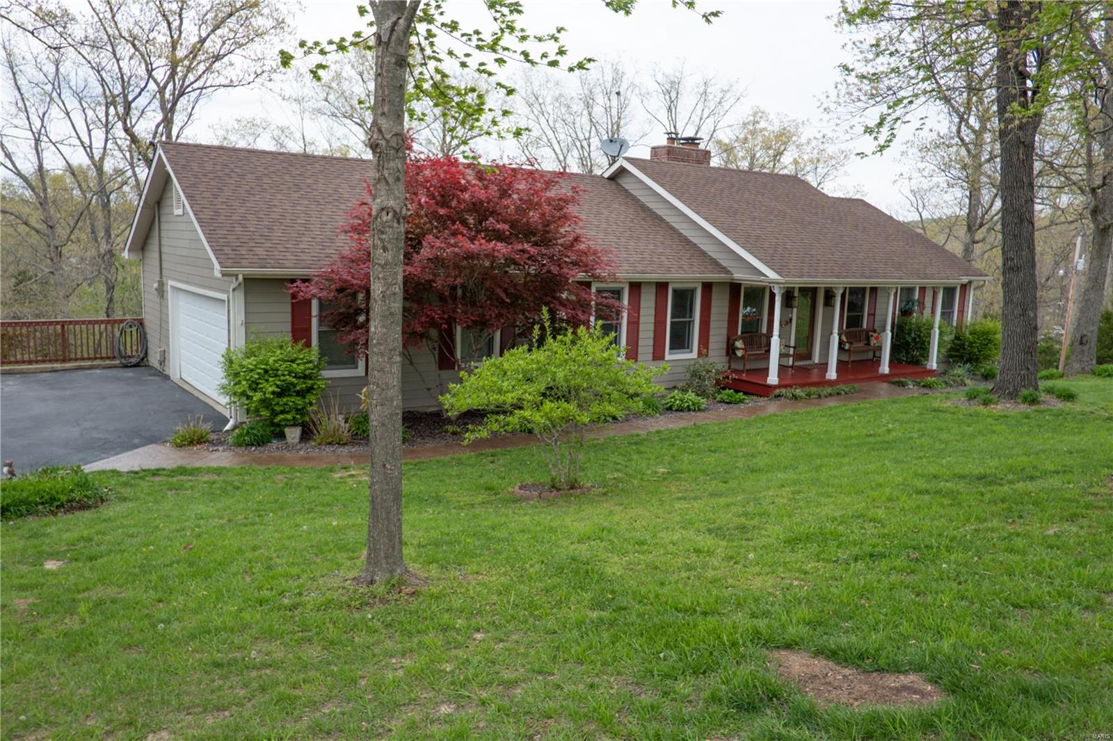 7403 Oakwood South Property Photo - Cedar Hill, MO real estate listing