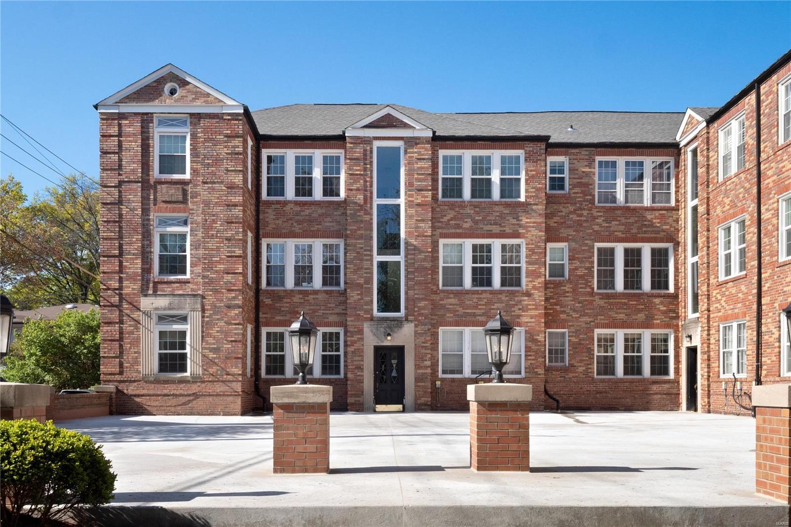 8052 Davis Drive #2E Property Photo - St Louis, MO real estate listing
