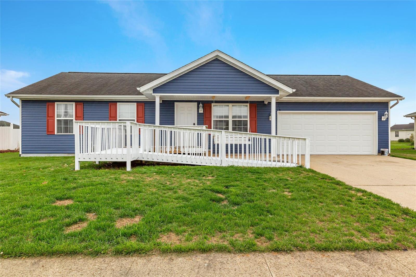 10534 Prairie Drive Property Photo - Breese, IL real estate listing