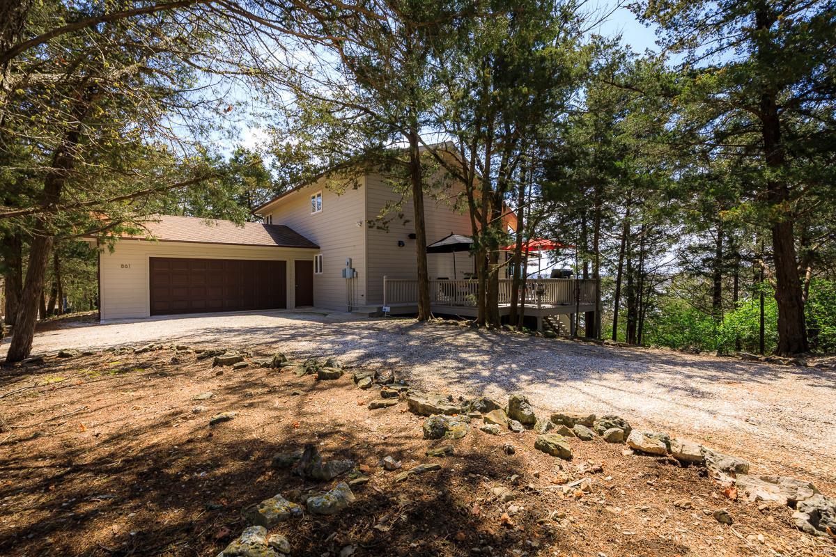 861 Castle Garden Road Property Photo - Sunrise Beach, MO real estate listing