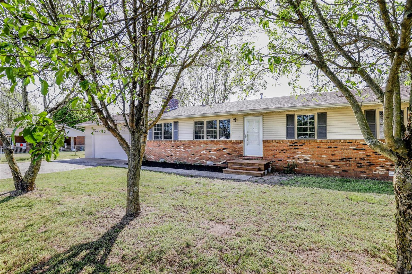 39881 W Dorothy Drive Property Photo - Malden, MO real estate listing