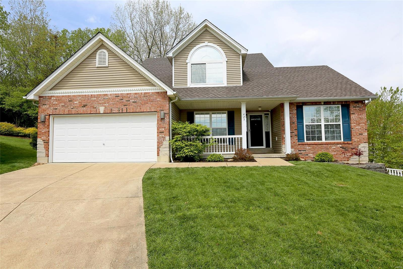 425 Winter Lake Circle Property Photo - Fenton, MO real estate listing
