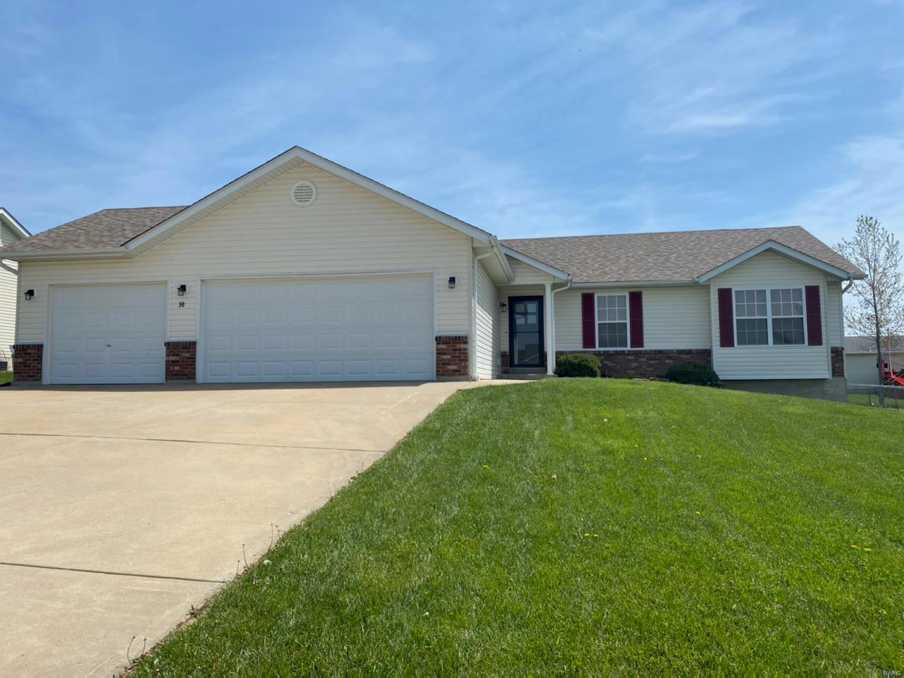 50 N Camelot Drive Property Photo - Troy, MO real estate listing