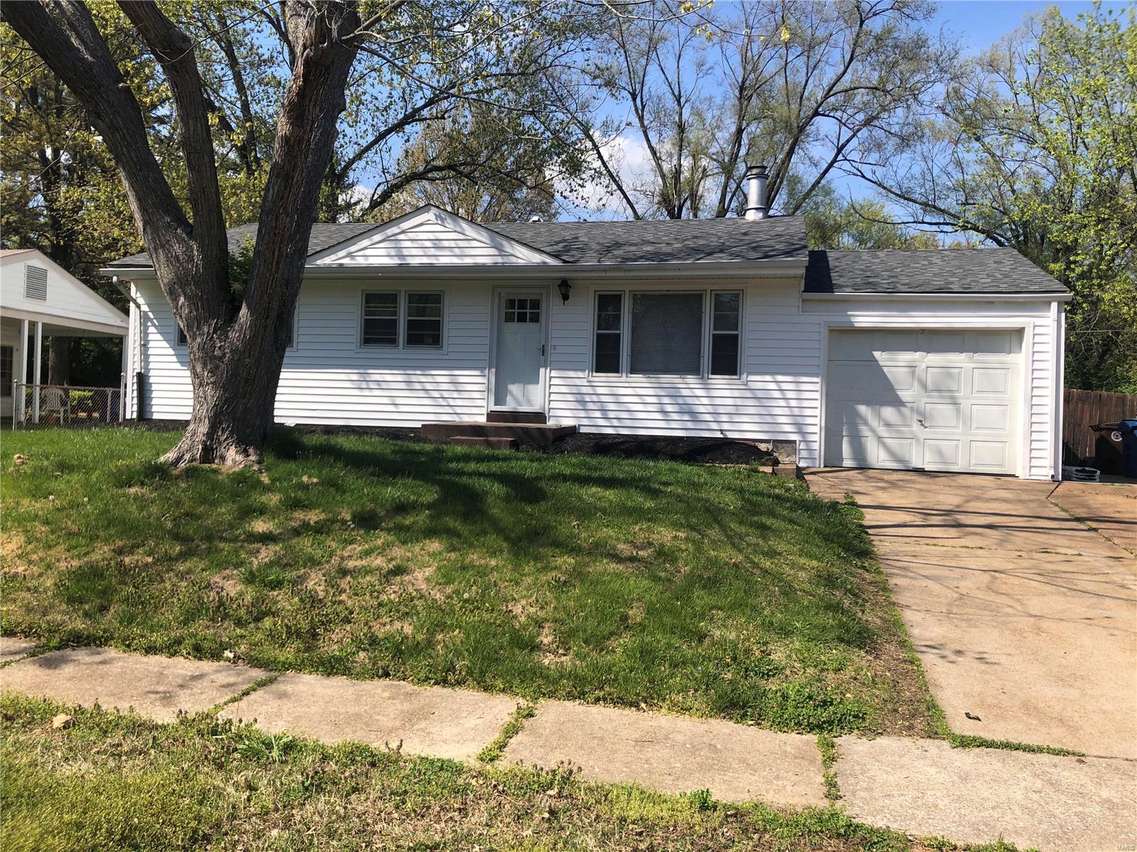 807 Hutton Place Property Photo
