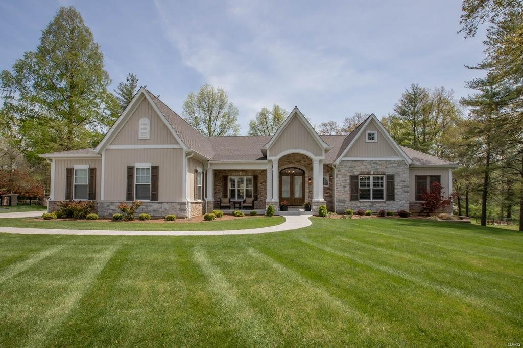 212 Clion Lane Property Photo - Creve Coeur, MO real estate listing