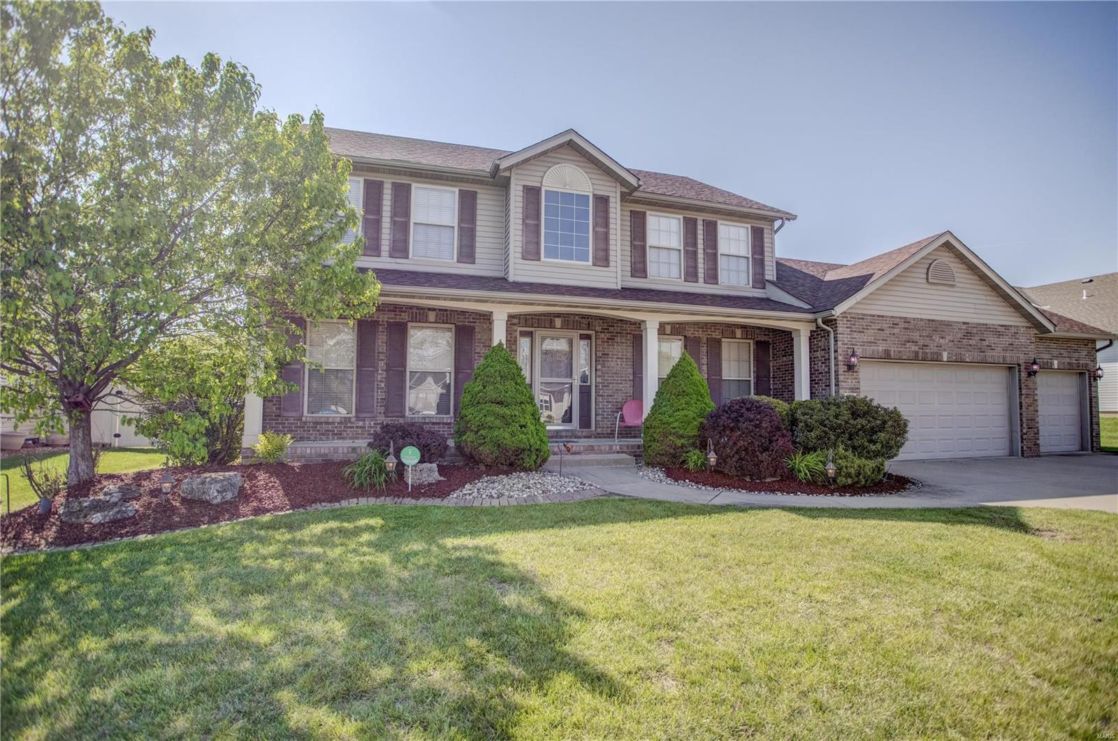 173 Oak Hill Property Photo - Maryville, IL real estate listing