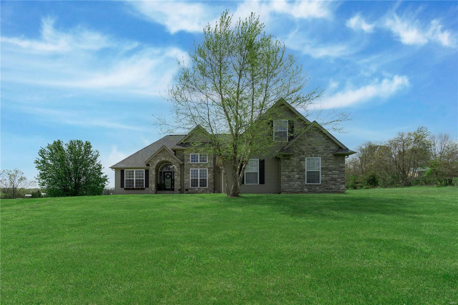 9601 Mitchell Drive Property Photo - Hillsboro, MO real estate listing