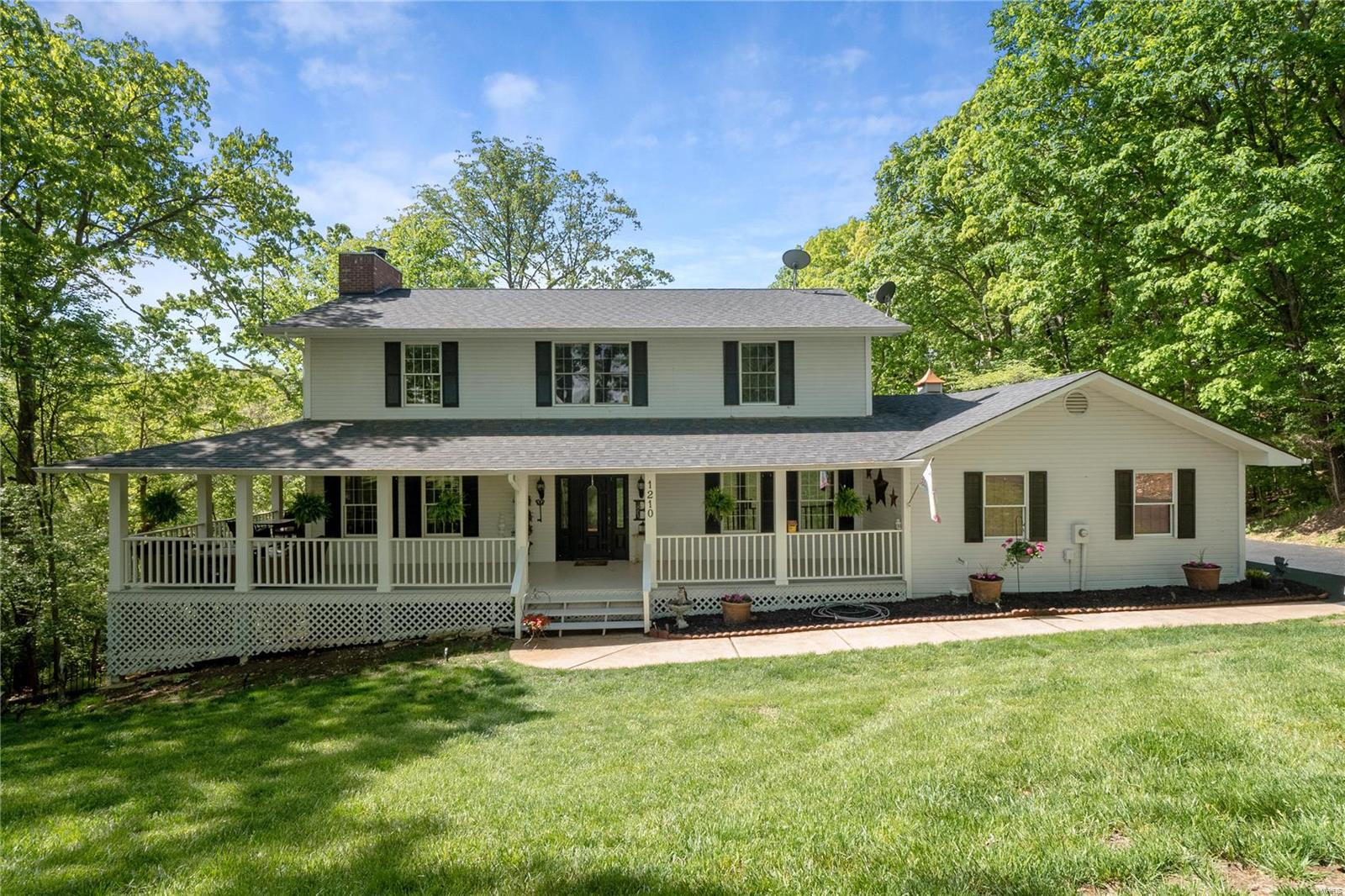 1210 Hickory Run Lane Property Photo - Wildwood, MO real estate listing