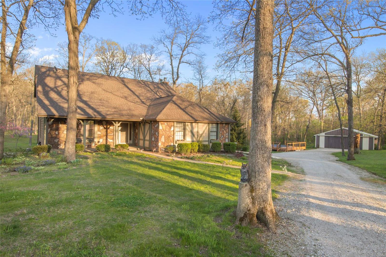6 Hickory Hill Court Property Photo - Foristell, MO real estate listing