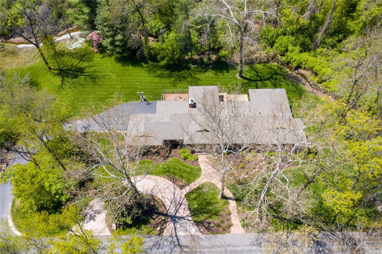 14 Glenview Road Property Photo - Ladue, MO real estate listing