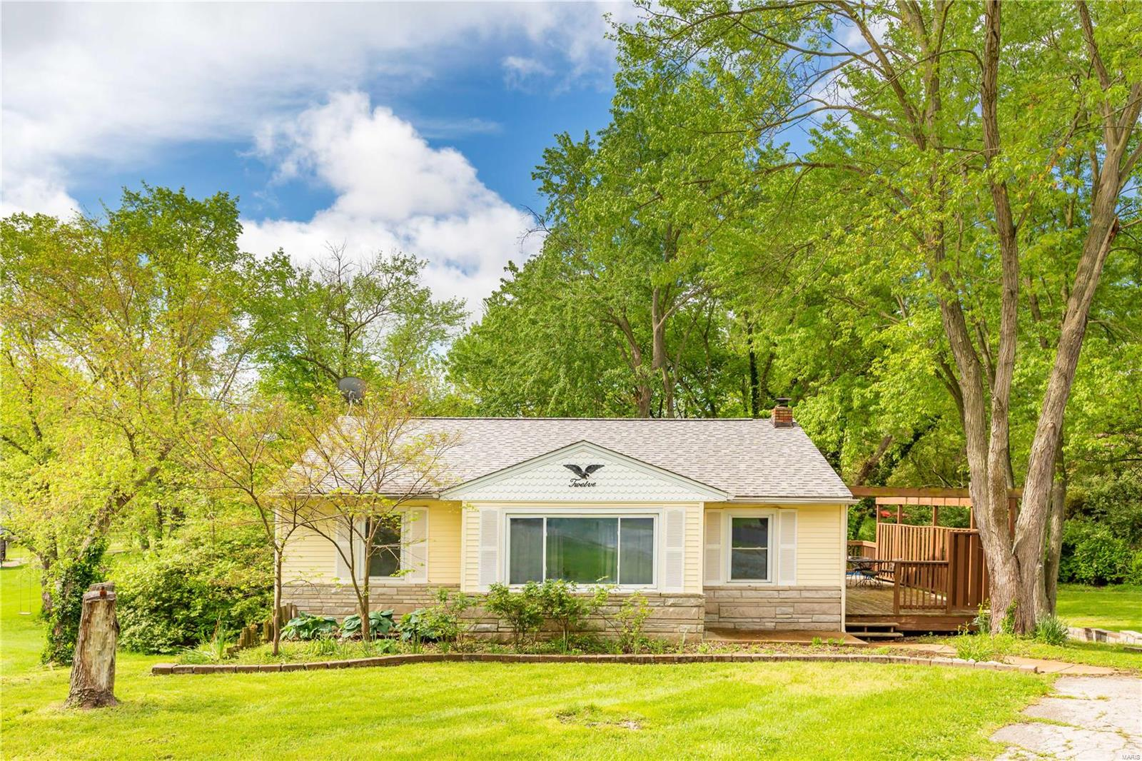 12 Elannchester Drive Property Photo - Manchester, MO real estate listing
