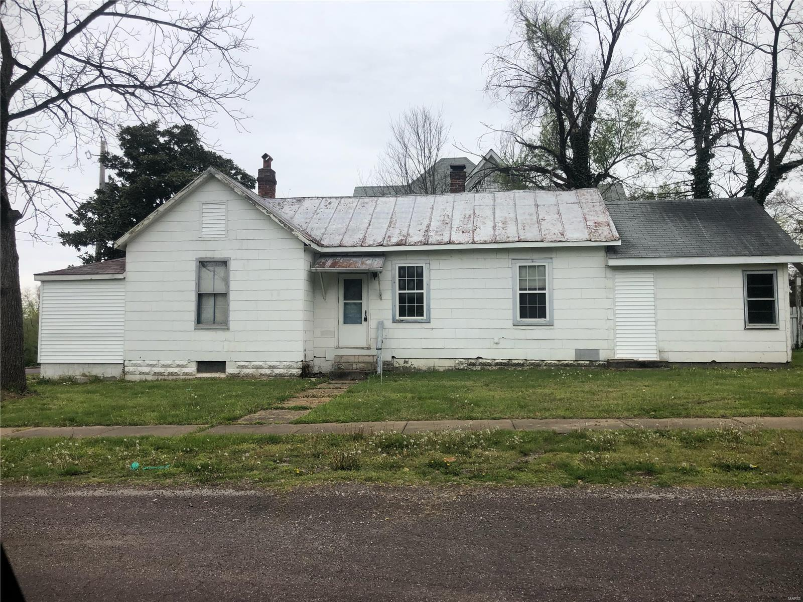 703 W Union Street Property Photo - Pacific, MO real estate listing