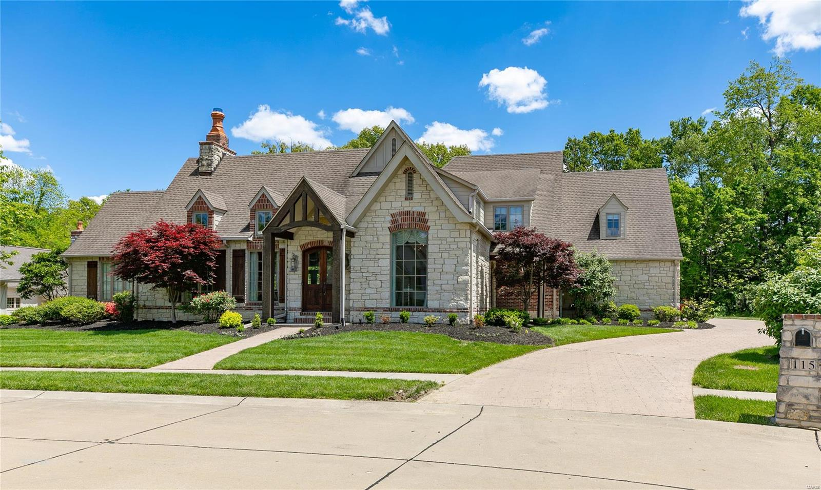 115 Fortress Drive Property Photo - O'Fallon, IL real estate listing