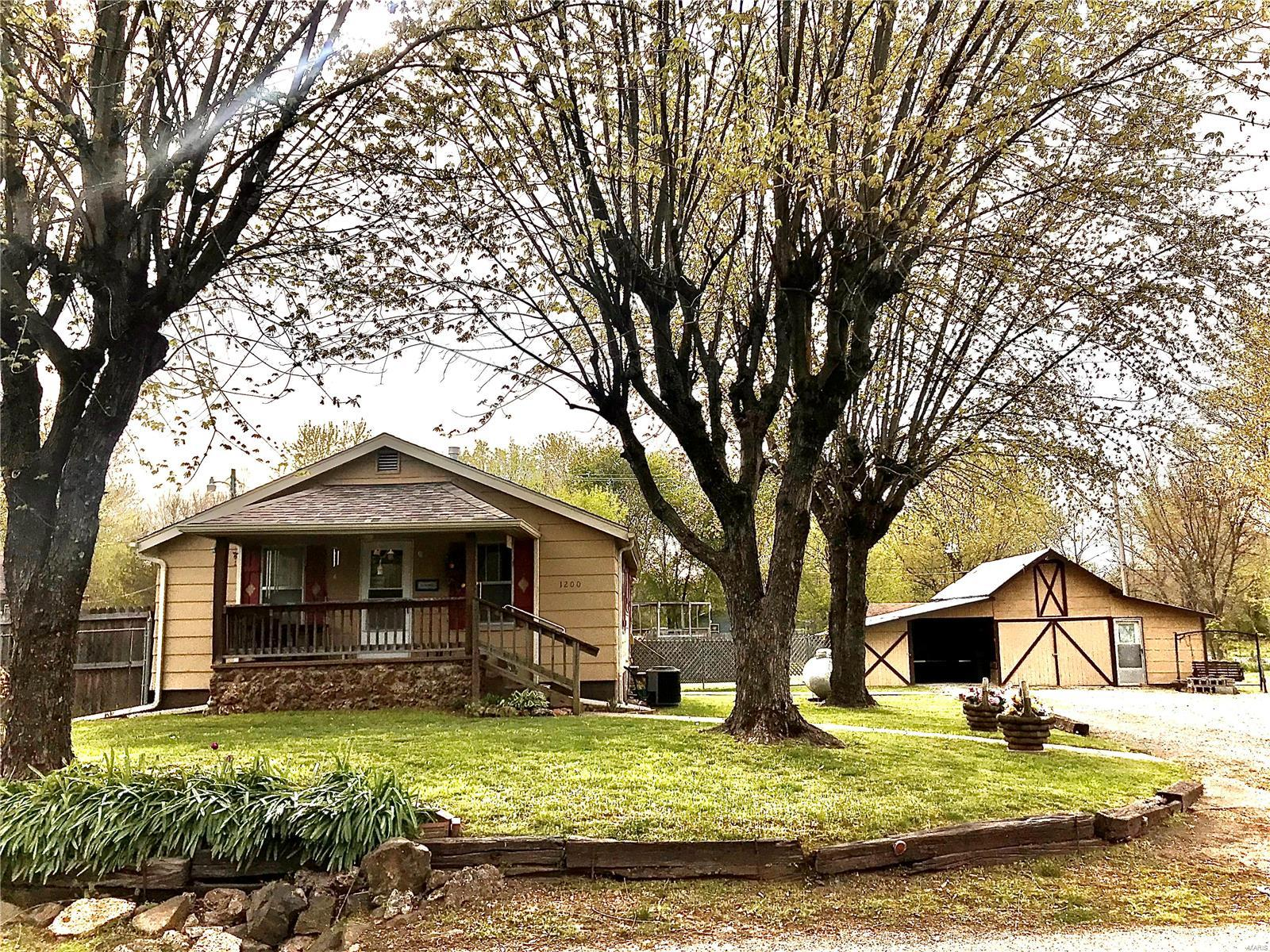 1200 High Street Property Photo - Fredericktown, MO real estate listing