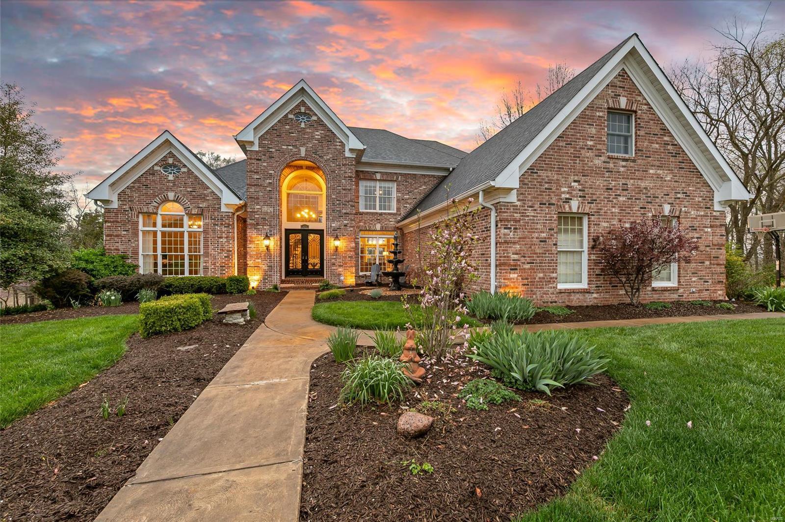 404 Cerromar Drive Property Photo - Eureka, MO real estate listing