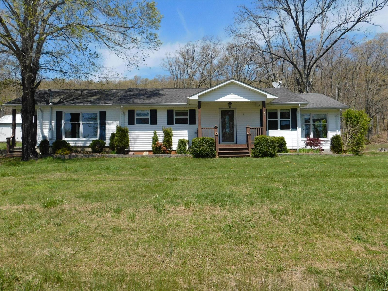 1511 Lake Property Photo - Ironton, MO real estate listing