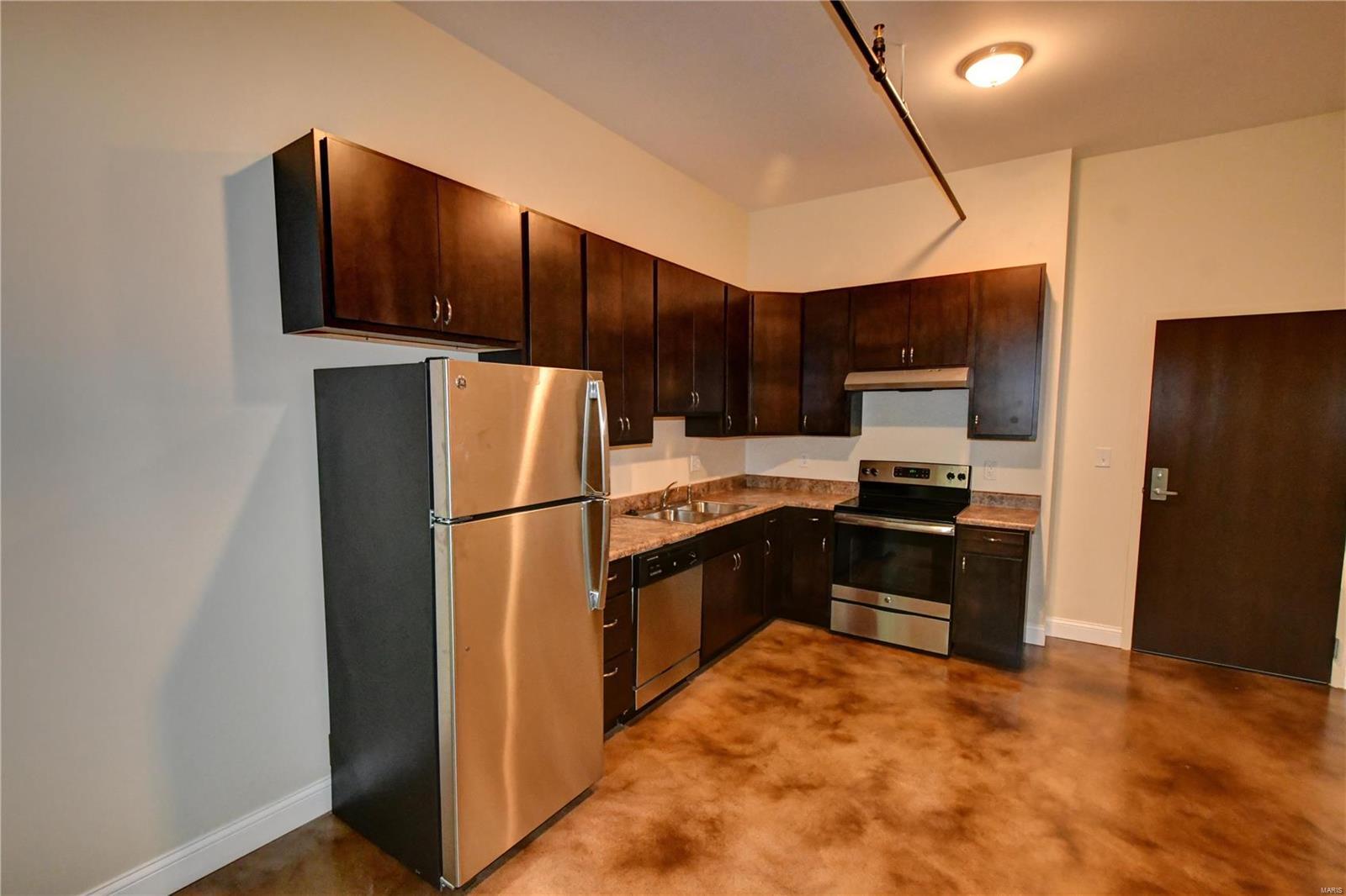 257 S FLORISSANT Road #316 Property Photo - Ferguson, MO real estate listing