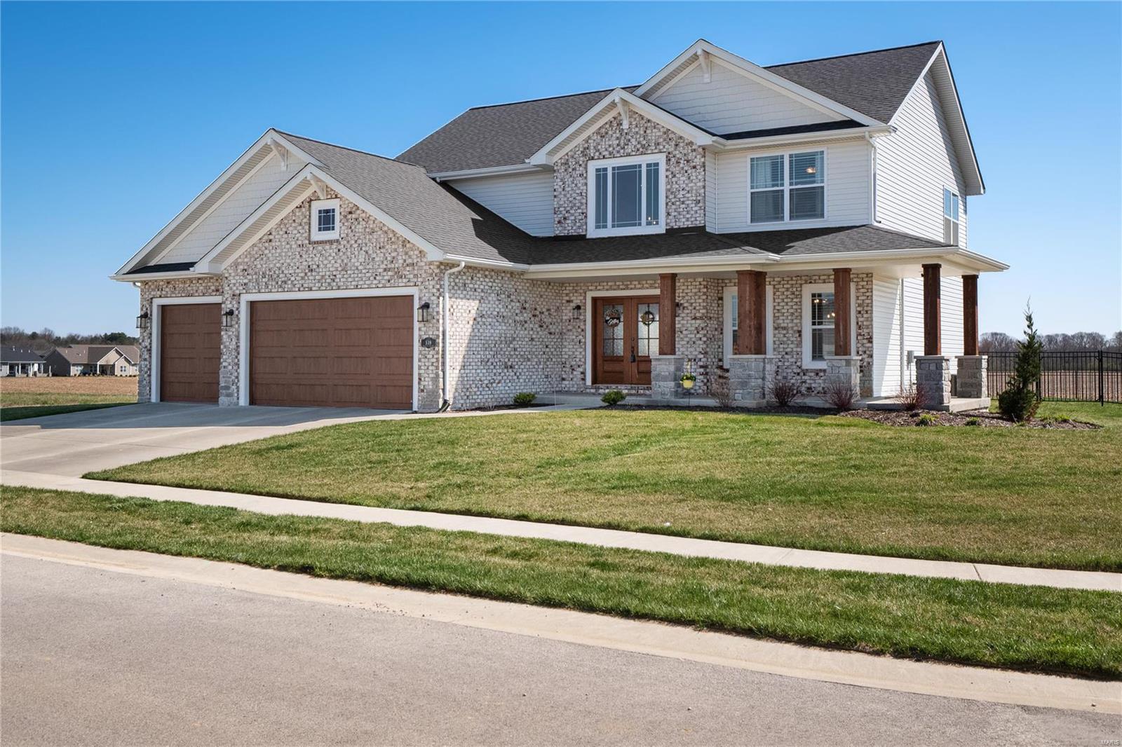 539 Flagstone Pass Drive Property Photo - O'Fallon, IL real estate listing
