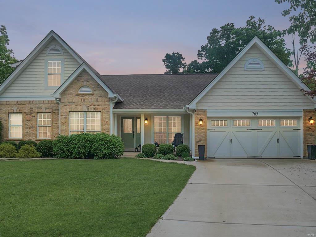 765 Charleston Oaks Drive Property Photo