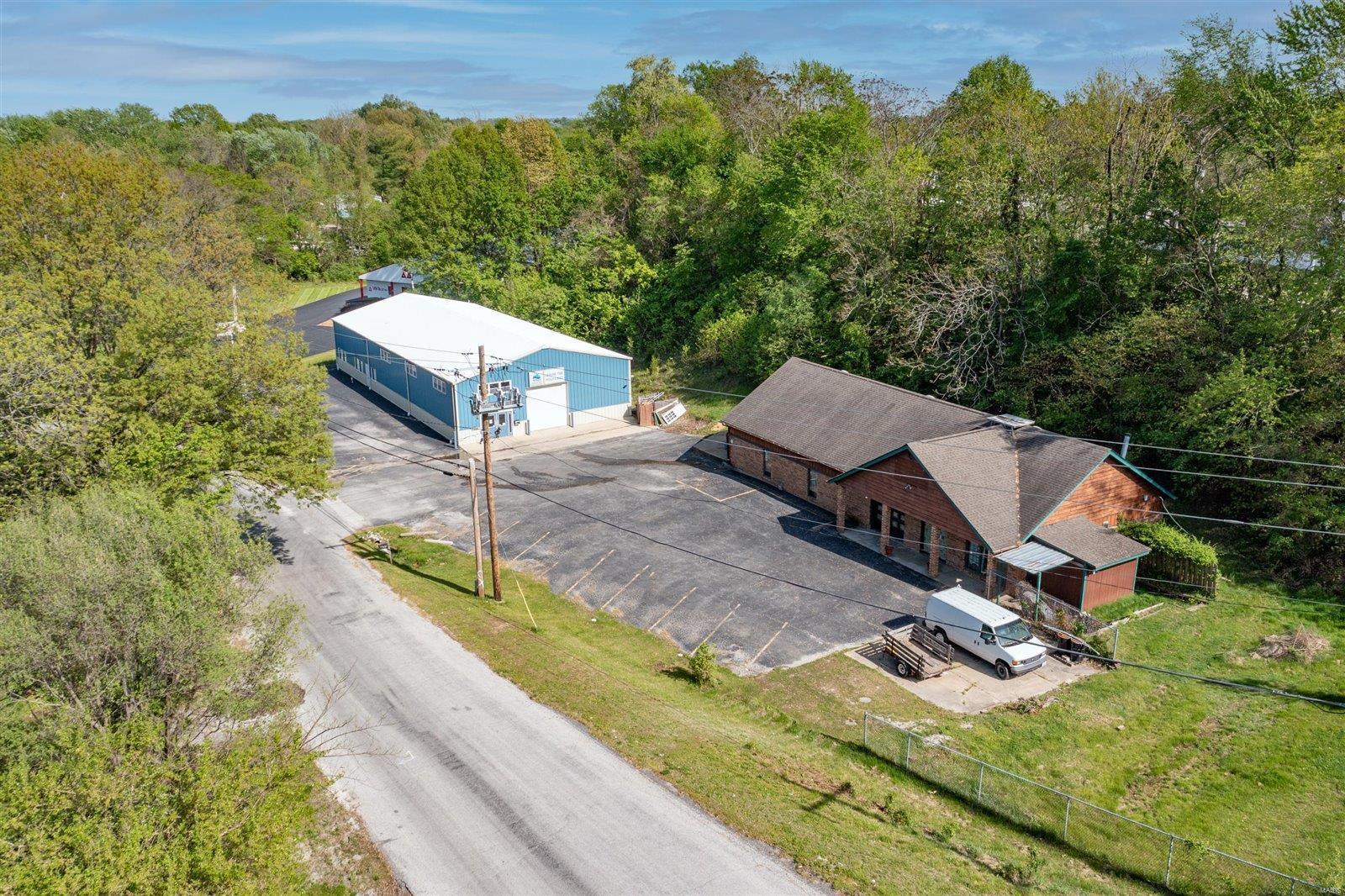 2415 N Illinois Street Property Photo - Swansea, IL real estate listing
