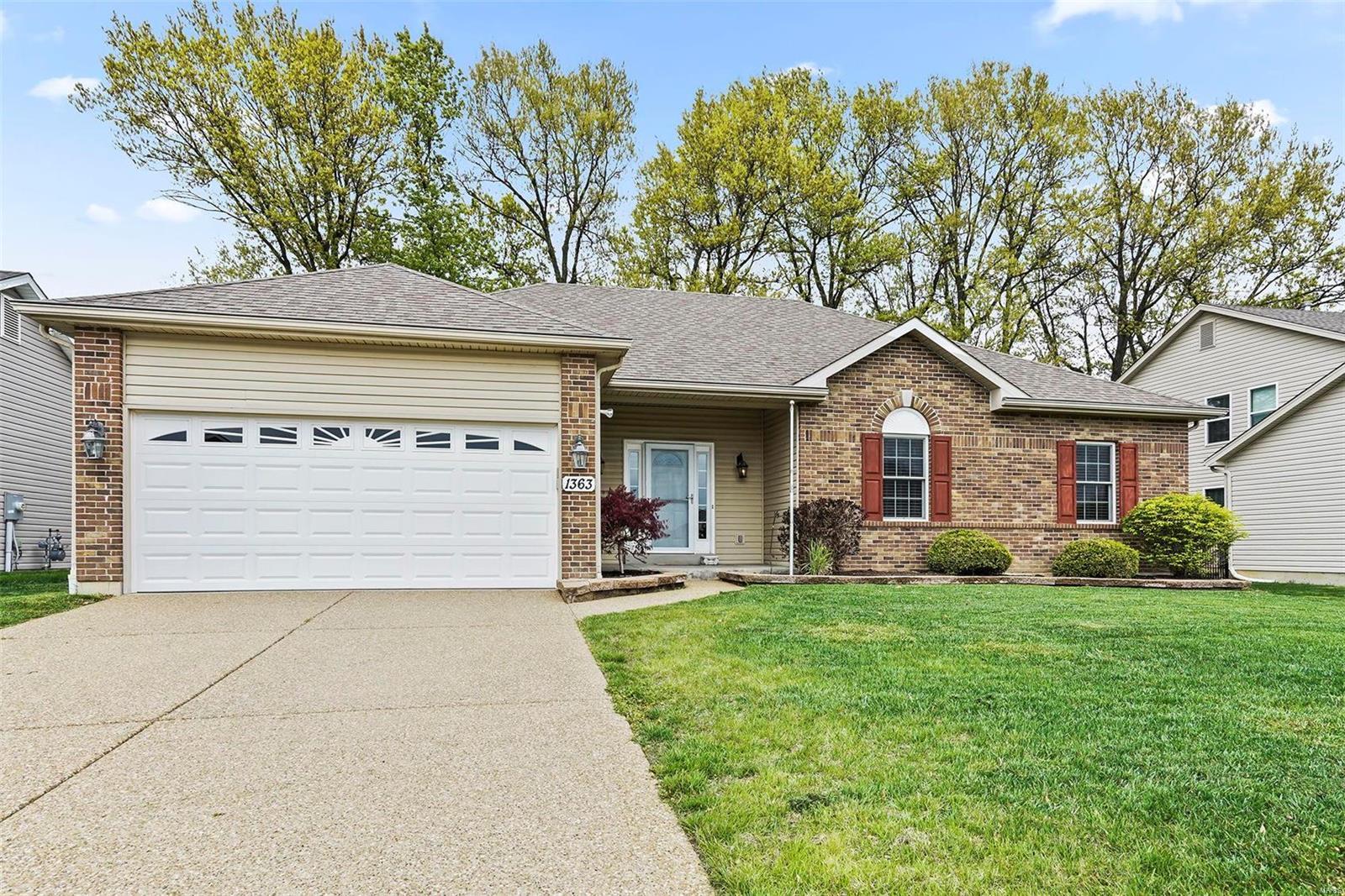 1363 Mason Grove Drive Property Photo - St Charles, MO real estate listing