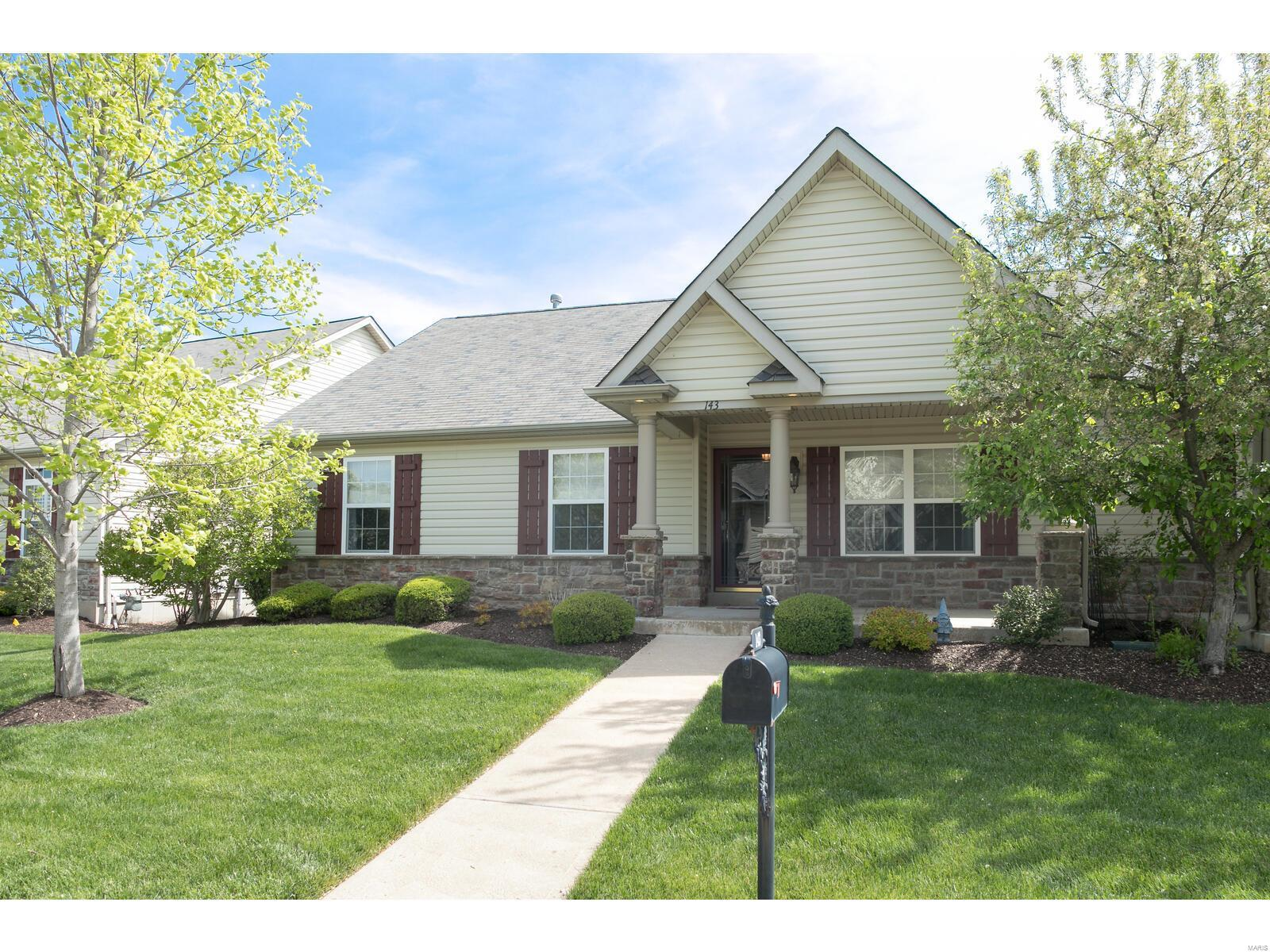 143 Scenic Pass #V Property Photo - Cottleville, MO real estate listing