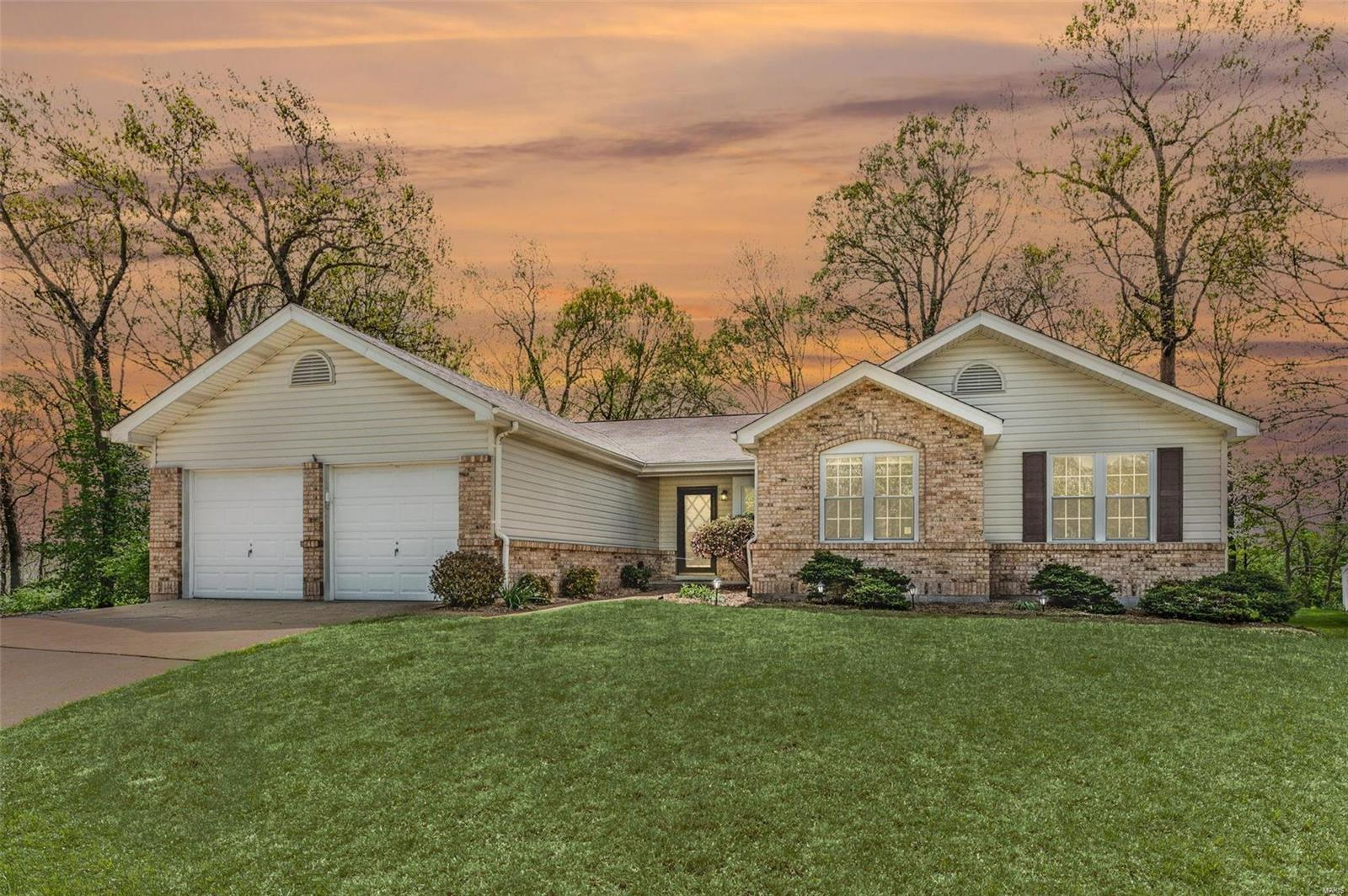 708 Sugar Mound Court Property Photo - Manchester, MO real estate listing