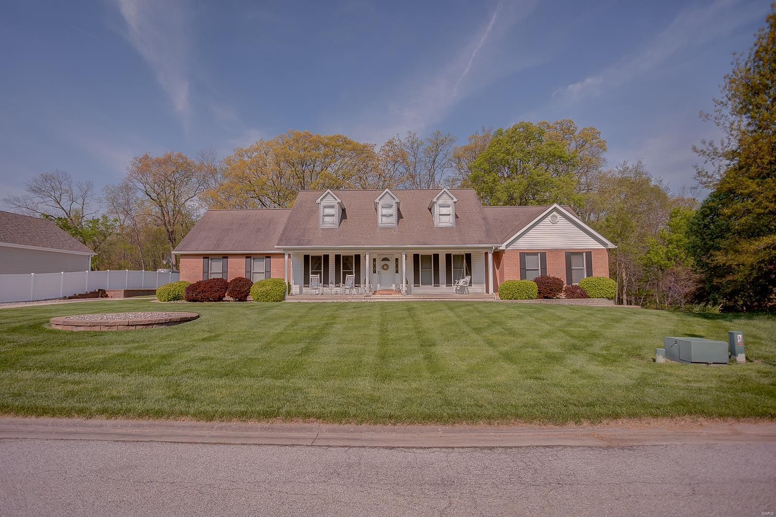 6409 Brookfield Drive Property Photo - Waterloo, IL real estate listing