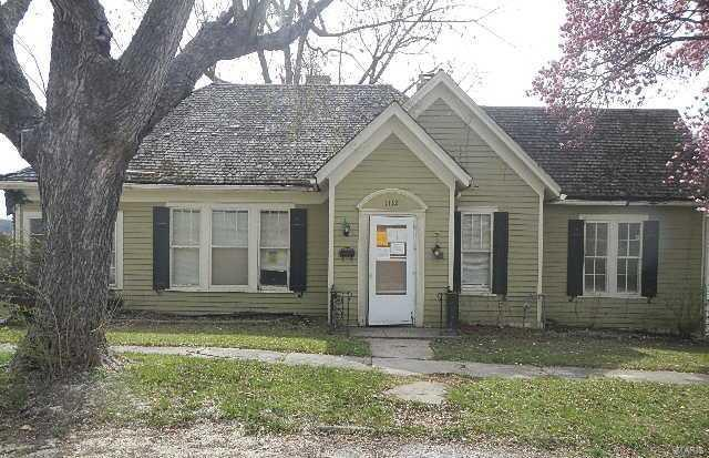 1112 Tennessee Street Property Photo - Louisiana, MO real estate listing