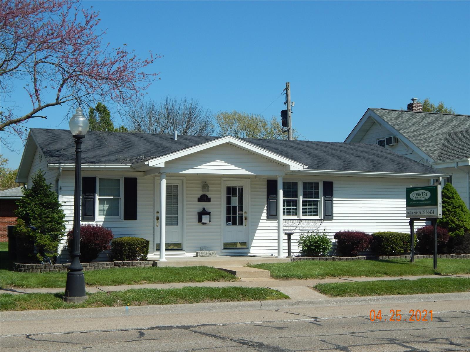 314 S Main Street Property Photo - Red Bud, IL real estate listing