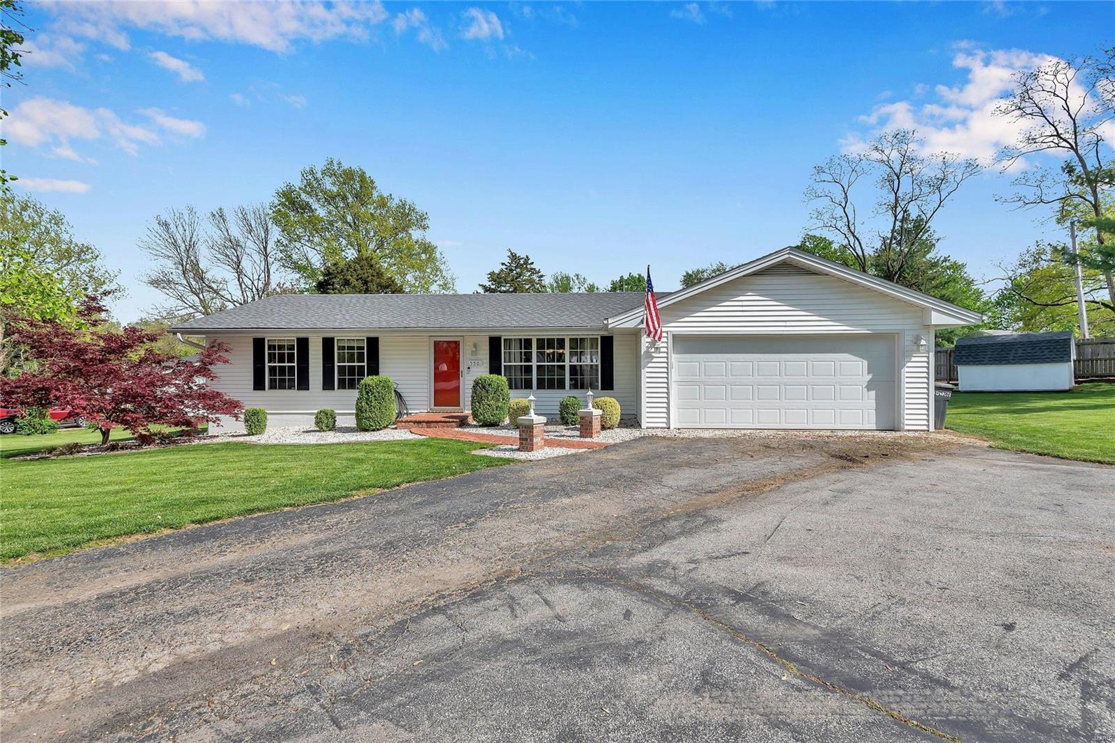 550 Saint Josephs Drive Property Photo
