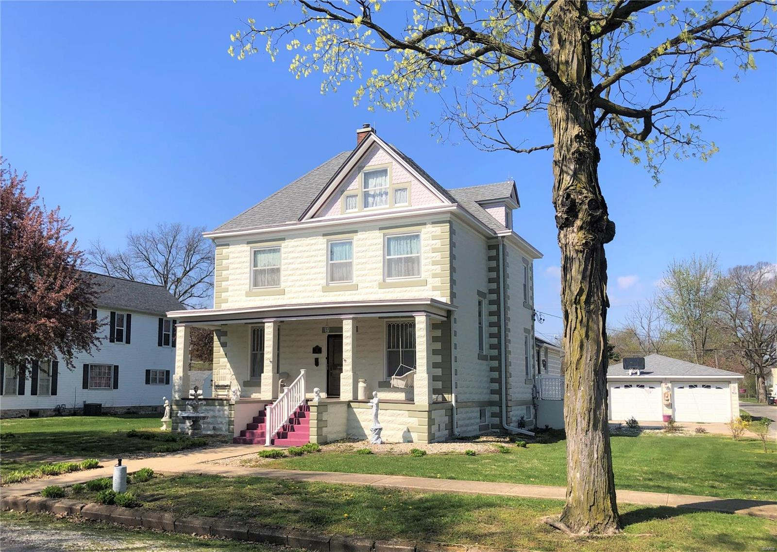 21 Sixth Property Photo - Carrollton, IL real estate listing