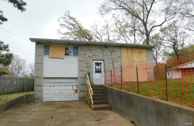 4332 Darla Drive Property Photo - Imperial, MO real estate listing