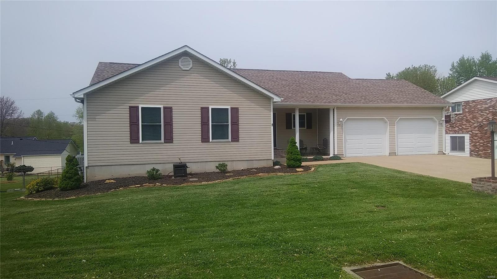 307 W Sycamore Property Photo - Desloge, MO real estate listing